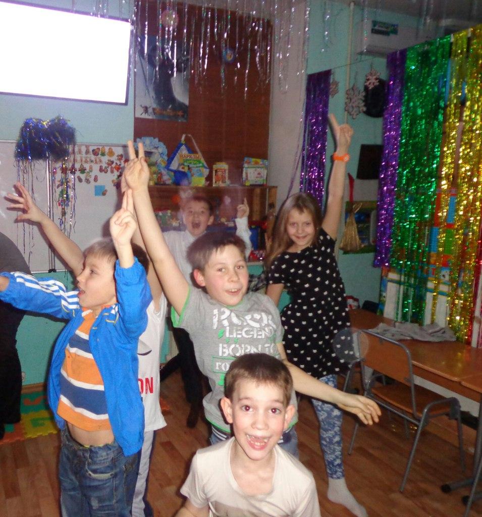 танцуем)