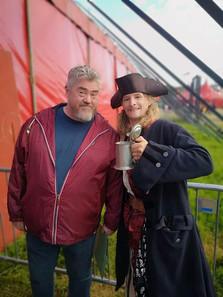 Meeting Phill Jupitus at Glastonbury Arts Festival 2019