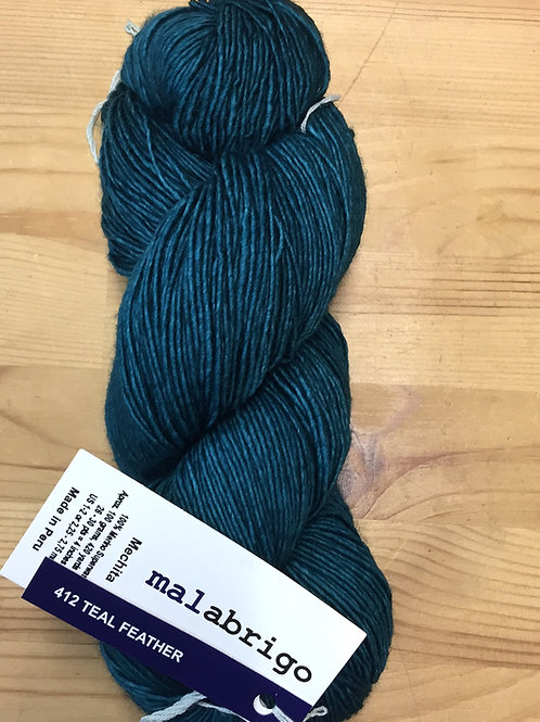 mechita malabrigo 412 teal feather