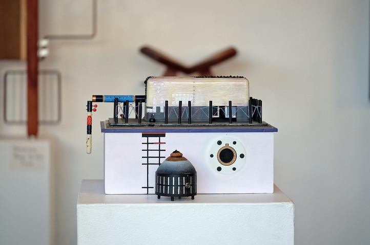 Francisco Gabuardy Outsource Multicomponent box, front (Photo: Elise Gagliardi)