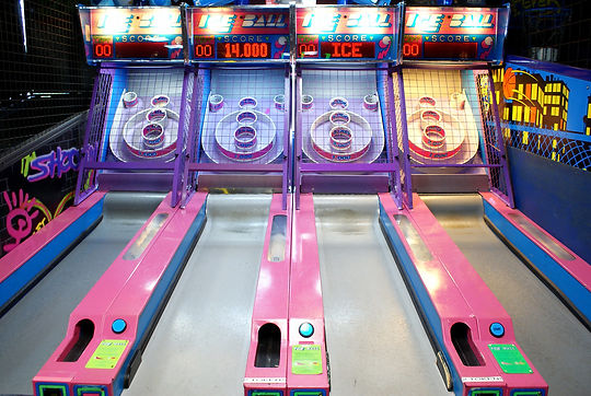 skee ball kenosha, arcade in kenosha, action territory