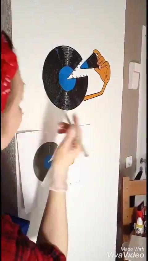 video-maleri direkte på vegg.