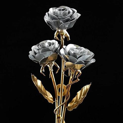 Ein Strauß Edelstahlrosen Weiß Gold