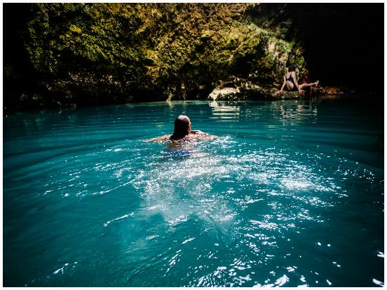 blue-hole-mineral-spring (4)