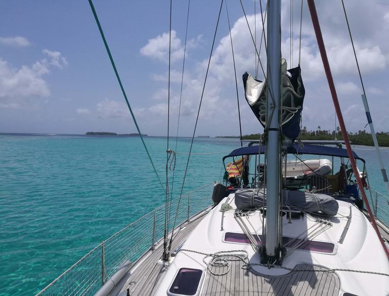 Vista del velero de las Islas San Blas