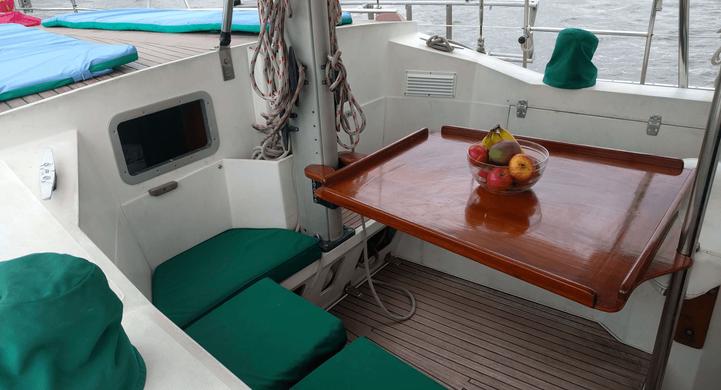 Comedor de veleros Amel Maramu46 Panamá