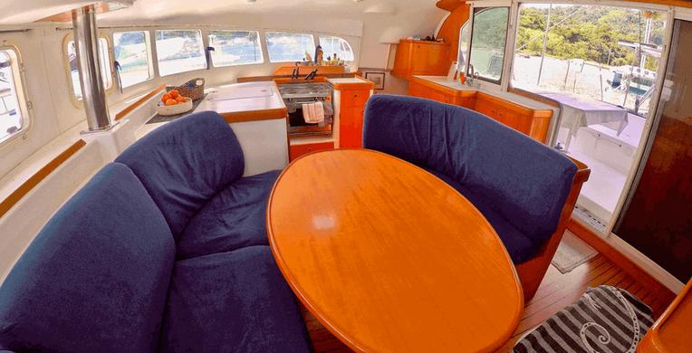 Comedor El catamarán Eclectik 2