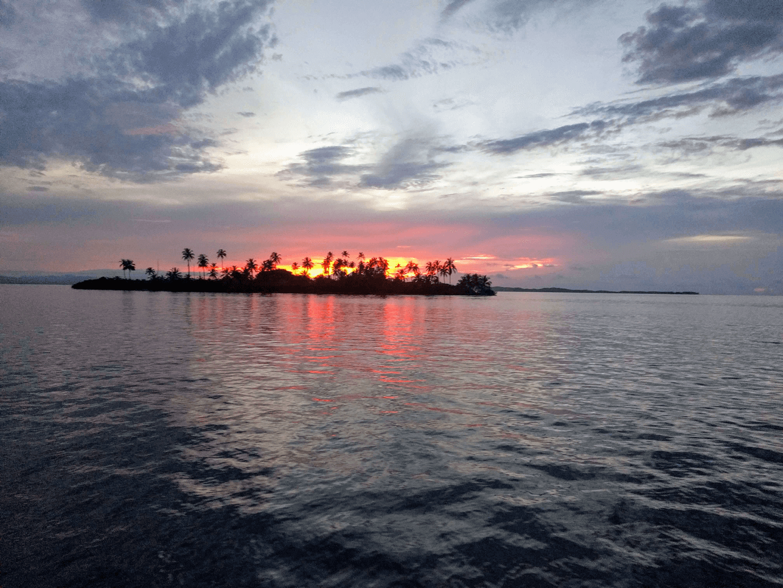 Sunset sailing yacht Las San Blas