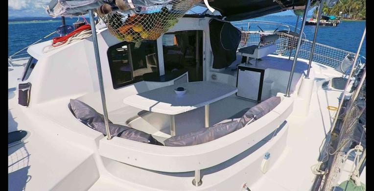 Vue carré exterieur lavezzi 40 Panama