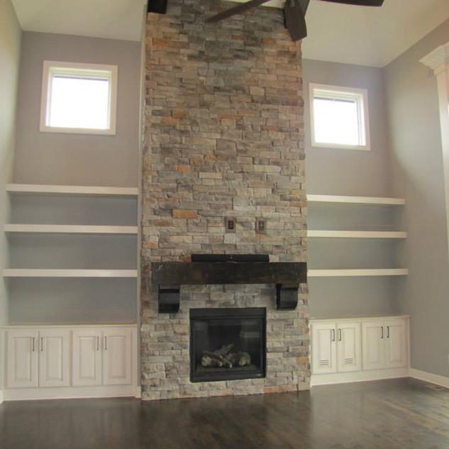 15 fireplace.jpg