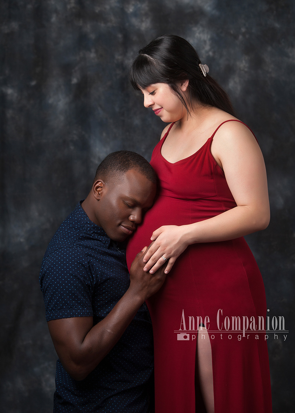 Maternity portraits with father