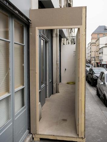 Vue de l'exposition Les Nouveaux Anges, Galerie Jocelyn Wolff, Paris, France, 2013