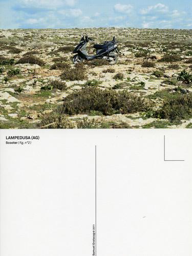 Samuel Gratacap, Reproduction photographique d'une image échouée, (Lampedusa), 2010
