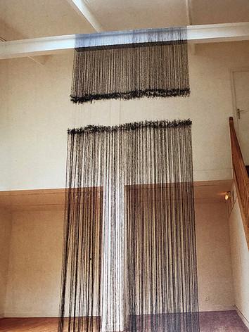 """Nsglan Liberdai L(10)0,7(21), 1997 by by Brigitte NaHoN. Fil. Exposition """"Brigitte NaHoN, dans l'atelier du musée Zadkine, Paris, 1997."""