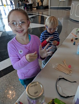 Forming balls at the make your own bouncy ball station