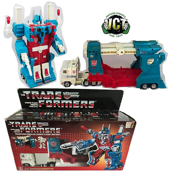G1 Transformers Ultra Magnus In The Box.