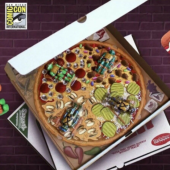 Teenage Mutant Ninja Turtles ReAction Figures Pizza Power Four-Pack & Pizza Box