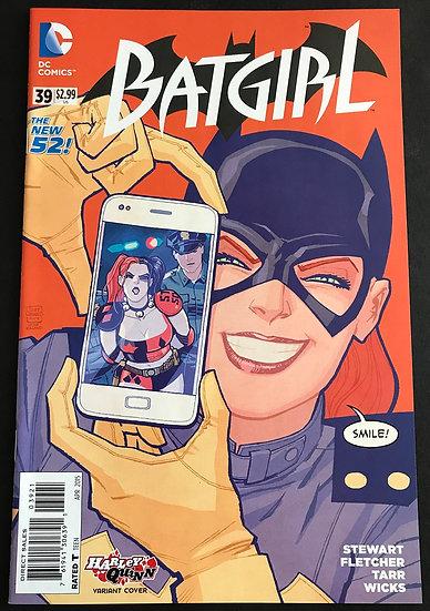 Batgirl (2011 4th Series) #39B VF/NM [Selfie Cover]