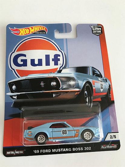 Hot Wheels Car Culture Gulf '69 Ford Mustang Boss 302 2/5