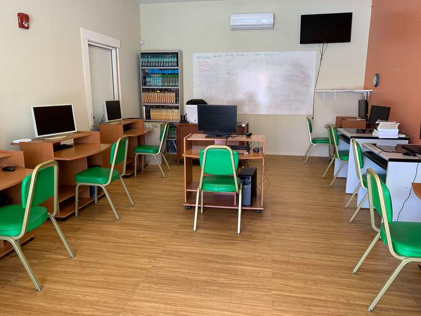 Edison Academics School I.jpg
