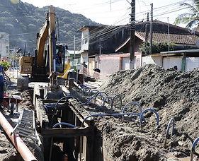 Obras de Saneamento Basico no Guaruja