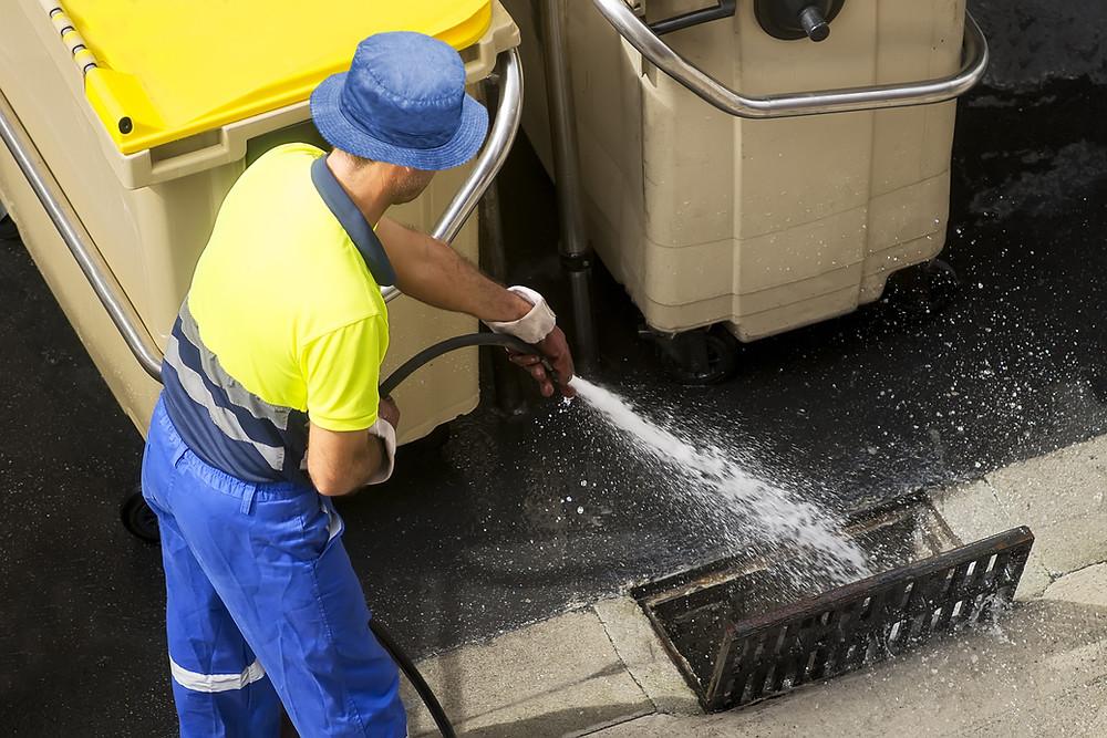Hidrojateamento de rede de água pluvial
