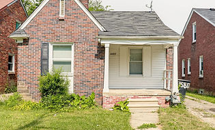 10817-Roxbury-Exterior.jpg