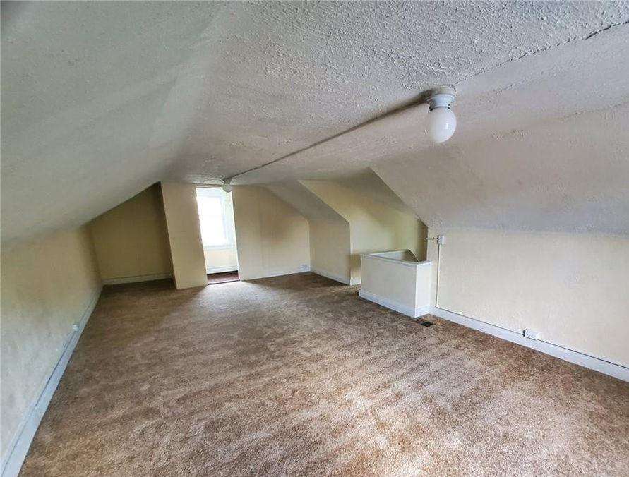 1354-Penhurst-Bedroom-3.jpg
