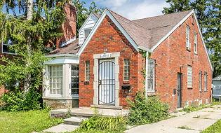 10310-Roxbury-Exterior-Photo.jpg