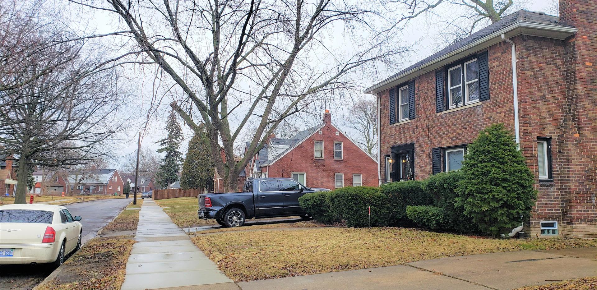 15826-Linnhurst-Street-View.jpg