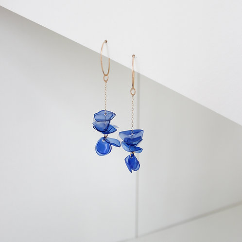 Nina Blue Chain Drops