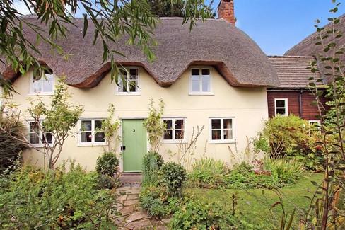 listed cottage_front.jpg