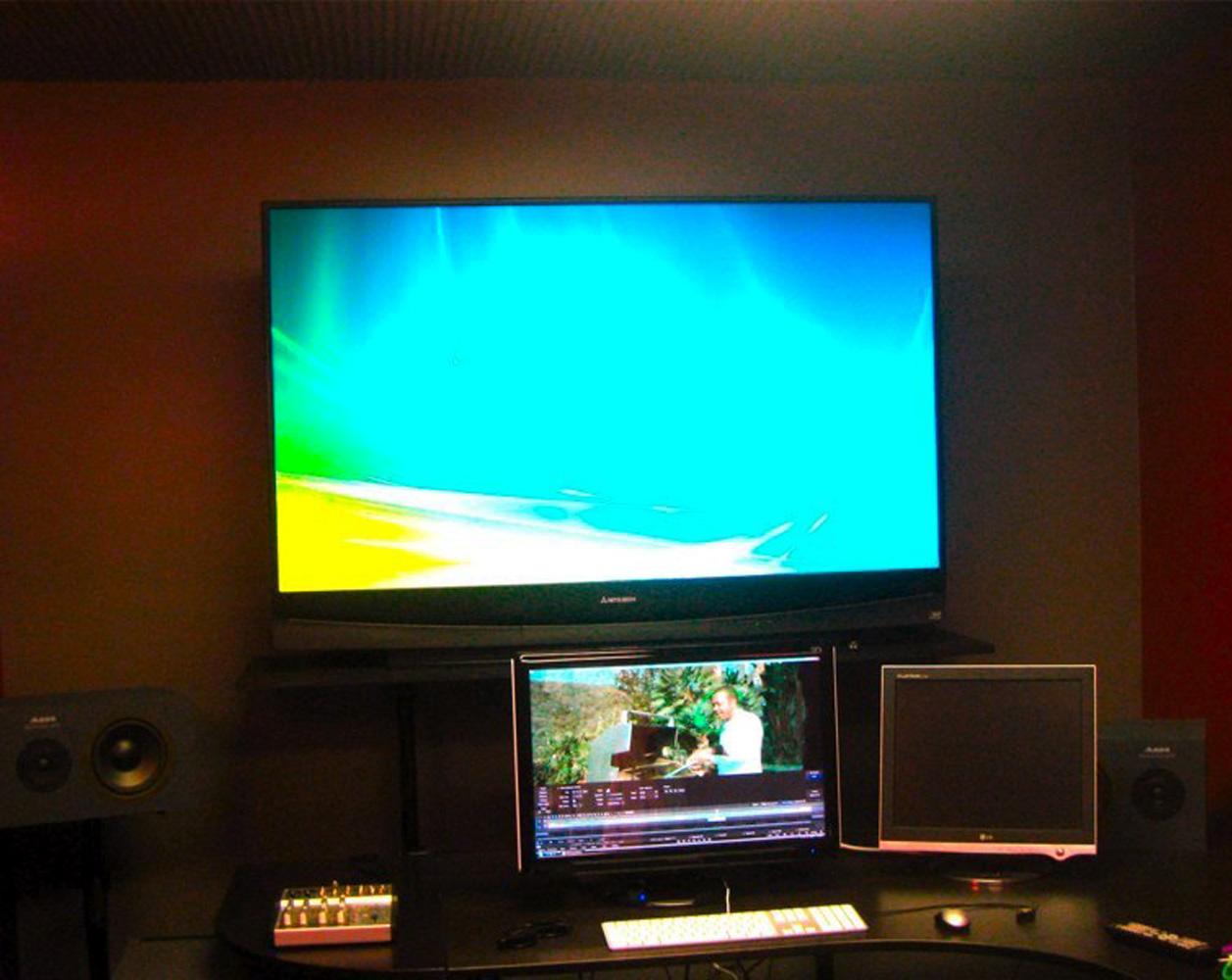 Audio-Post-Production-Studio-Foley-Studio-TV.jpg