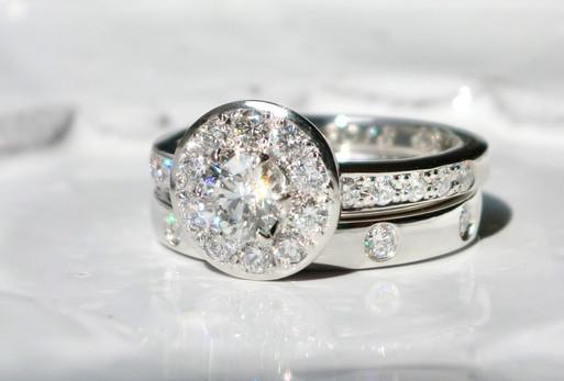 こだわりが詰まった オーダーメイドで叶える婚約指輪