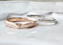 リーフのモチーフが入った結婚指輪 二人の特別な思い出