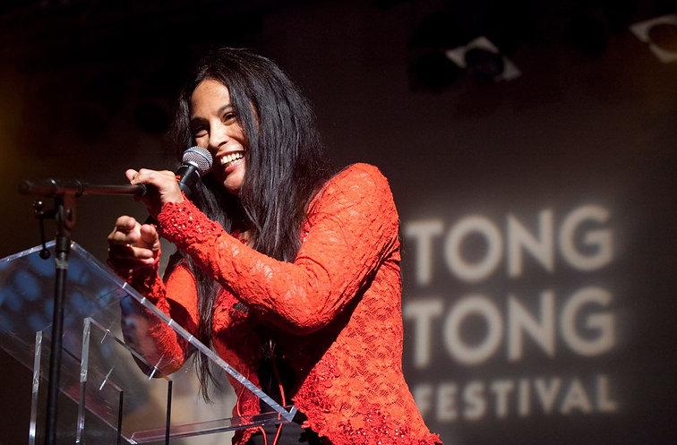 Marion Bloem - Tong Tong Fair 2012