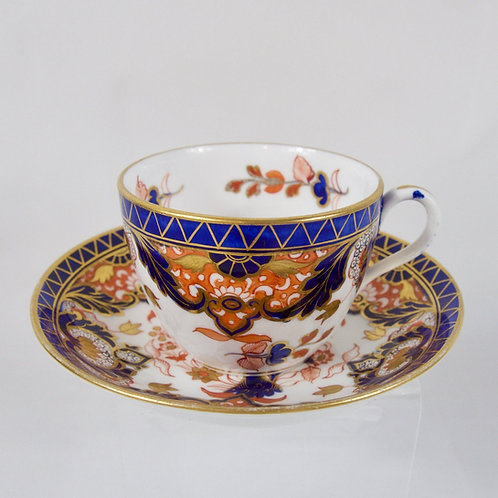 Davenport cup and saucer in Imari pattern, c1815-1830