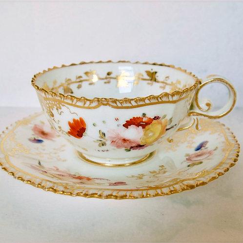 Coalport 'Pembroke' shape tea cup & saucer pattern 966, c1820-25