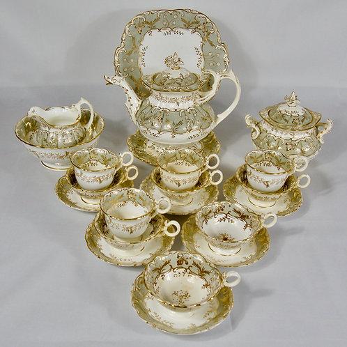 Coalport tea service including teapot with duck moulded spout c1830-40