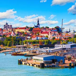 shu-Estonia-Tallinn-Old-Town-and-seaport