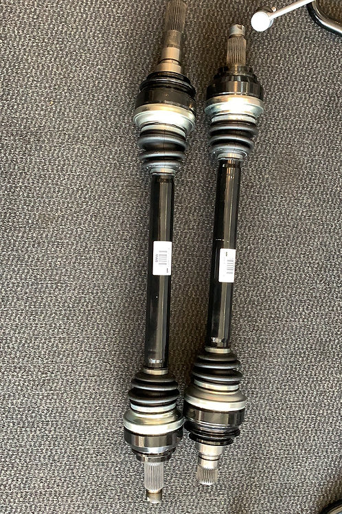 Original BMW M3 F80 M4 F82 F83 Antriebswelle Hinten Links und Rechts