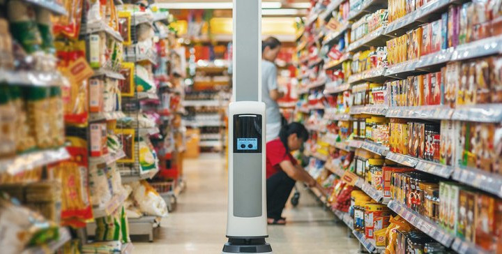 Walmart expands use of in-store inventory robots