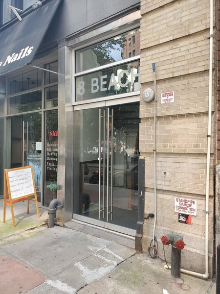 8 Beach St. Commercial City Chateaus