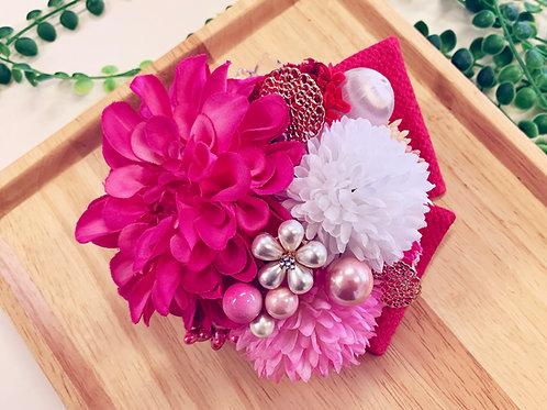 ショッキングピンクのお花パールの髪飾り