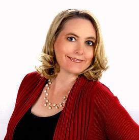 Amanda Thomas, Broker