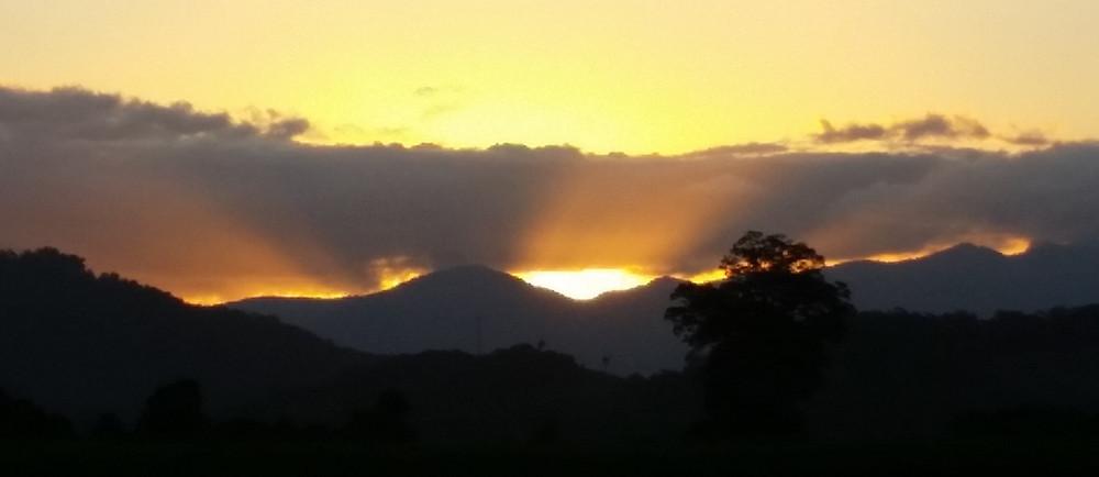 Murwillumbah NSW Australia, sunset © Copyright 2018 Bryan W Foster)