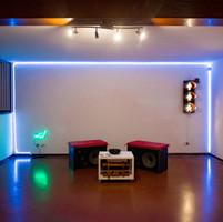Sala illuminata 1