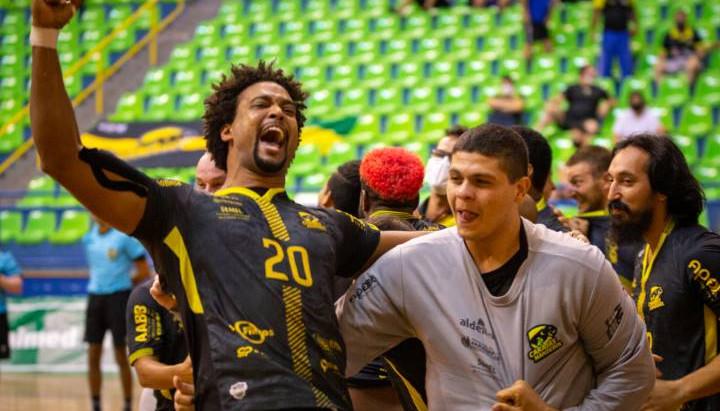 Taubaté (SP) e a Carajás (PA) fazem segunda semifinal da Liga Nacional
