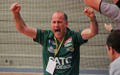 Martinho Mrotskoski Neto, técnico do HCR Satc. (foto divulgação)