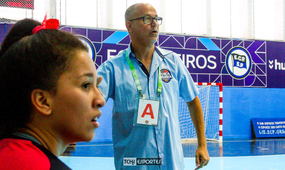 Jorge Castilho, técnico da Força Atlética-GO. (foto André Pereira / Tchê Esportes)